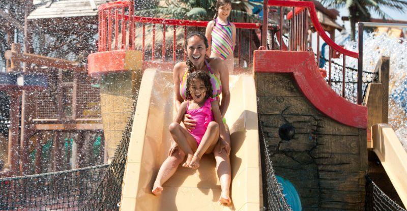 La Emoción de un Parque Acuático SixFlags llega a Oaxtepec